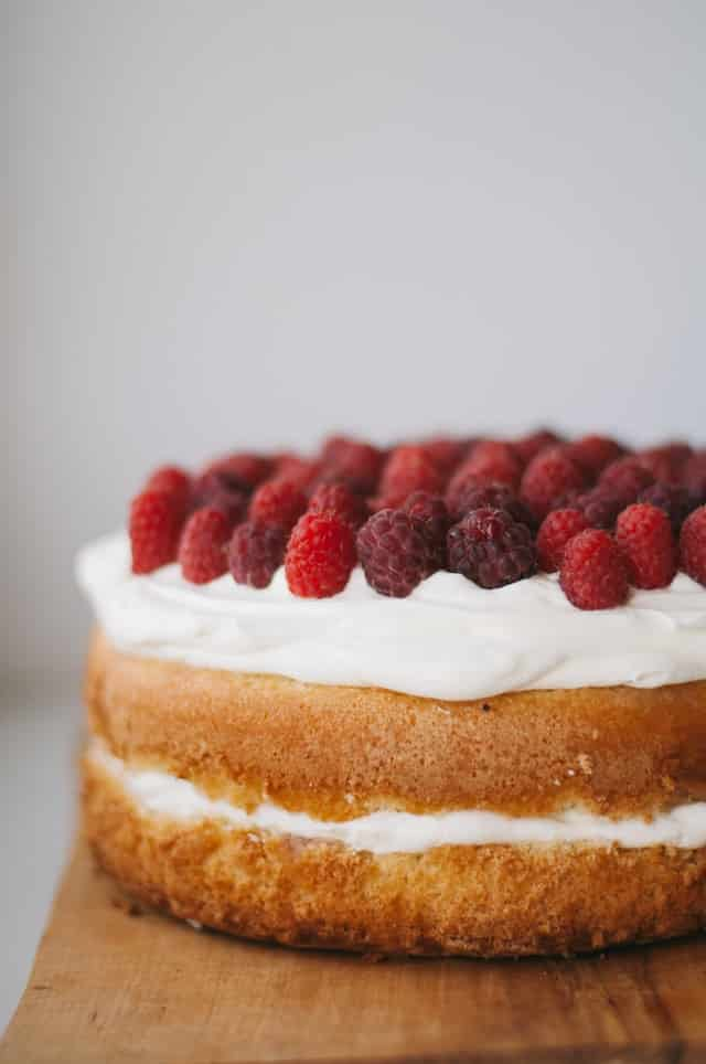 Ways to make the perfect sponge cake