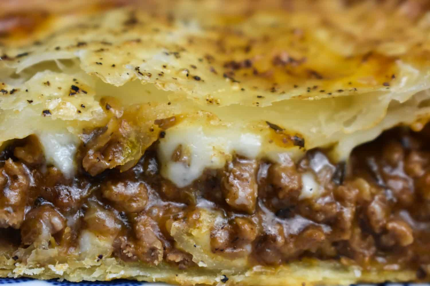Kiwi Mince and Cheese Pie